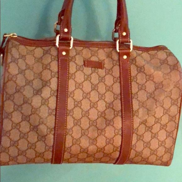 5861279ee39 Gucci Handbags - Authentic Gucci Boston Bag